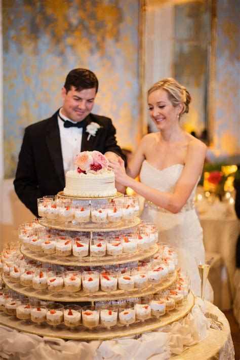 alternative wedding cake ideas weddingmix