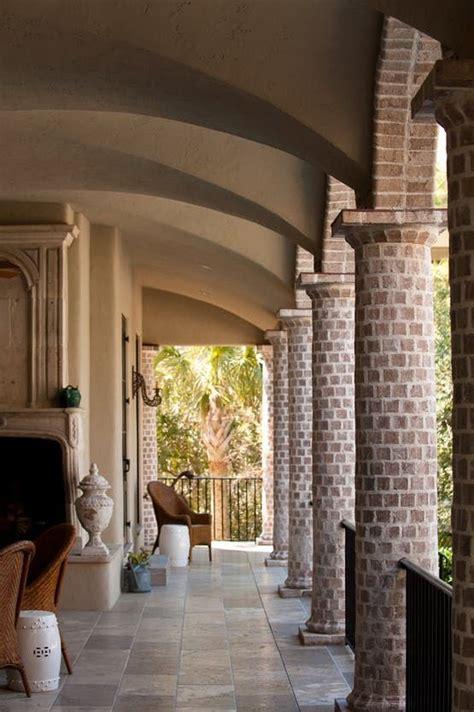 loggia   tapered brick columns plaster groin