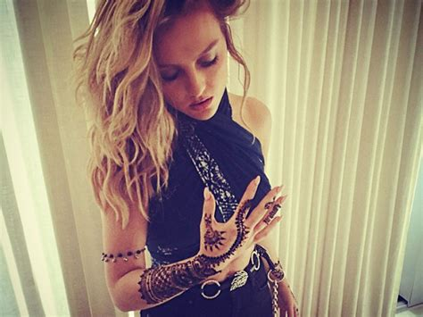little mix tattoos perrie edwards gets a tribute to zayn