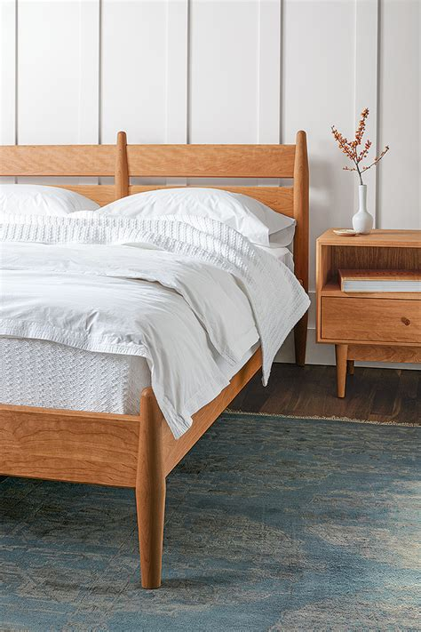 expert design advice make a beautiful bed room board