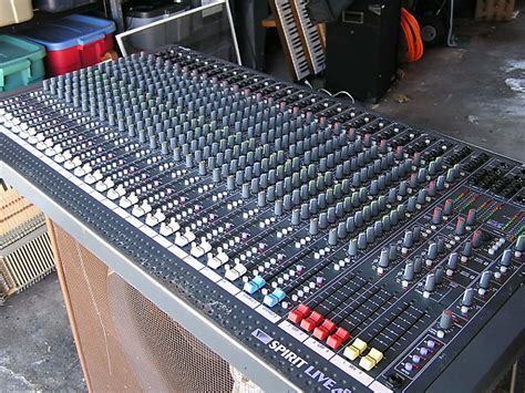 Mixer Spirit Live 4 Bekas soundcraft spirit live 4 ii 24 channel mixing console reverb
