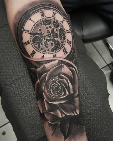 tattoo uhr 3d t 228 towierung in schwarz und grau rose mit