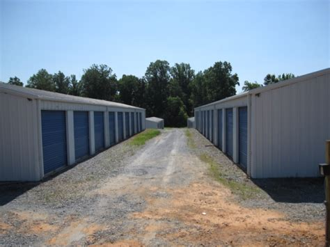 affordable self storage great falls lock storage company 3 great shelby locations 704