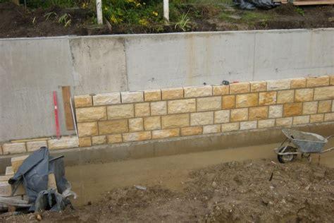 Betonmauer Mit Natursteinen Verkleiden by Hochwasserschutz Bad Staffelstein Wasserwirtschaftsamt