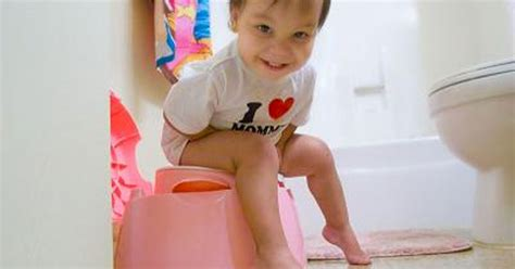 how to potty your in 6 days teach your child how to use a potty in only 3 days here s how