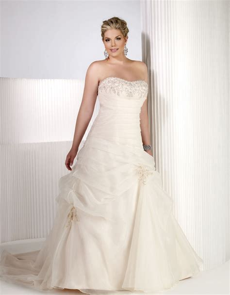 Plus Size Wedding Dresses On Plus Size Models by Wedding Gowns For Plus Size Brides Weddingelation
