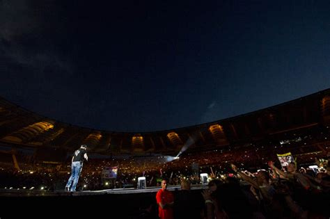 concerto vasco olimpico vasco le foto concerto all olimpico di roma il 22