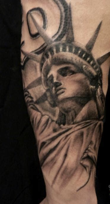 libertyville tattoo original grey statue of liberty 187 ideas