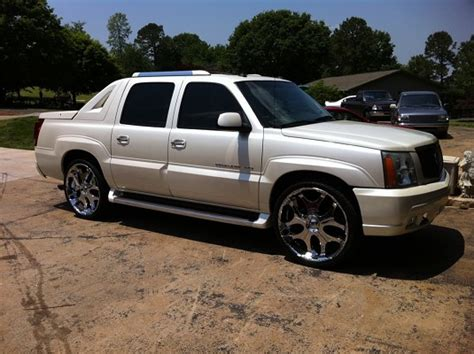 2003 Cadillac Truck by 2003 Cadillac Escalade Ext 17 500 Possible Trade