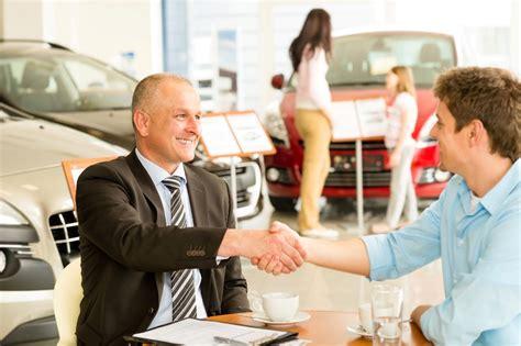 ways  receive discounts  buying   car