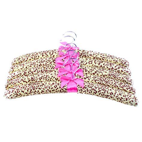 set of 5 padded hangers leopard print design for home
