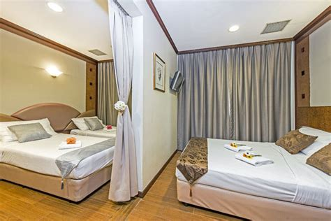 Adjoining Hotel Rooms by Superior Room Picture Of Hotel 81 Orchid Singapore
