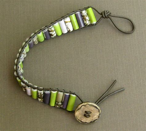 How To Make A Paper Bead Bracelet - pretty paper bead jewelry designs
