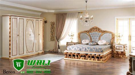 Set Dewasa Mewah set tempat tidur ukir jepara model beren mewah wali furniture