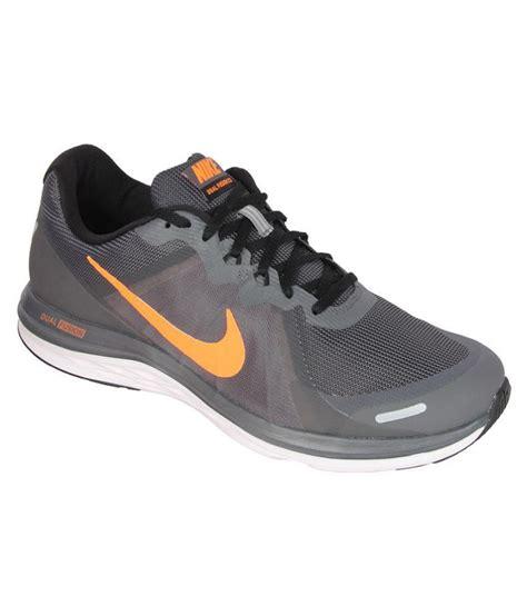 nike grey and running shoes nike gray running shoes buy nike gray running shoes