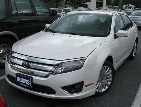 how does cars work 2009 ford fusion parking system file 2010 ford fusion hybrid 1 08 21 2009 jpg wikimedia commons