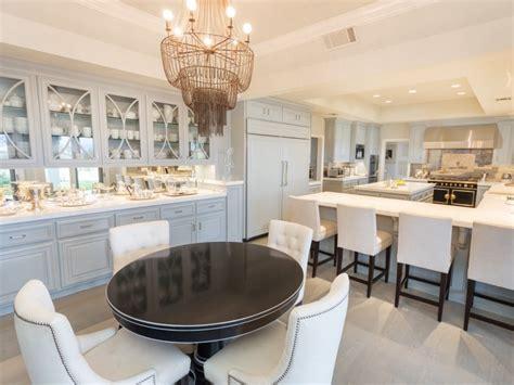Khloe Kardashian Kitchen Decor Jennifer Lopez Lists Estate In Kardashian Neighborhood