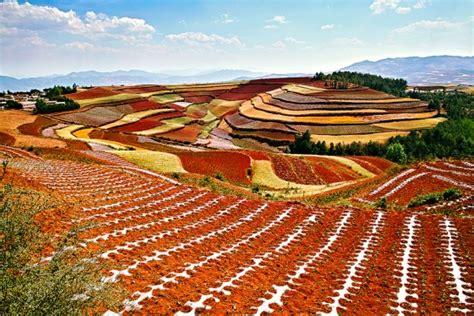 curiosidades del mundo las asombrosas tierras rojas de dongchuan yunnan china