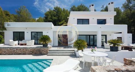 ibiza wohnungen mieten moderne villa mit wundersch 246 nem mediterranen garten und