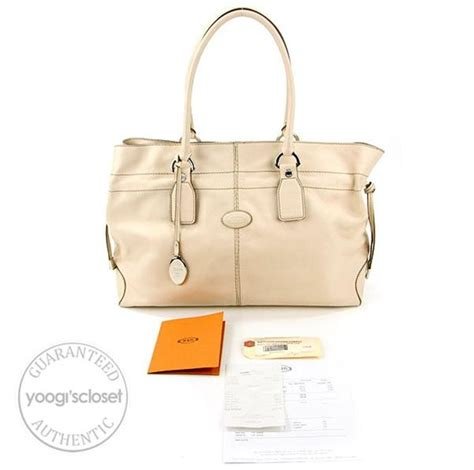 Tods Restyled D Bag Media by Tod S Ivory Leather New Restyling D Bag Media Bag Yoogi