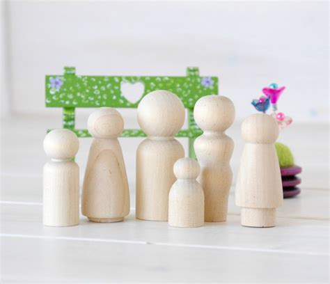 wooden doll name family of 6 wooden peg dolls unfinished wooden