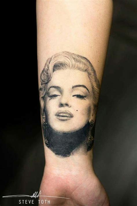 marilyn monroe tattoo design 1000 ideas about marilyn on marilyn
