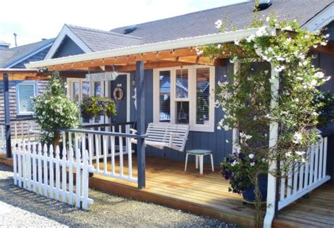 Boardwalk Cottages boardwalk cottages washington bed and