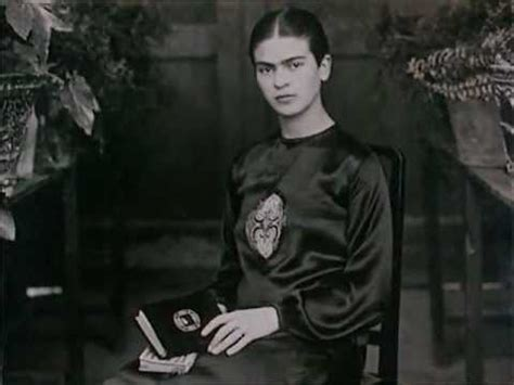 frida kahlo biography youtube frida kahlo biography and documentaries on pinterest