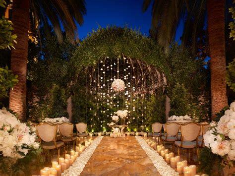 wedding reception on a budget las vegas non tacky vegas wedding ideas travel channel