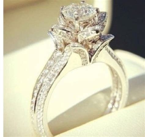 Wedding Rings That Look Like Flowers by Jewels Diamonds Engagement Ring Flowers Ring Bling