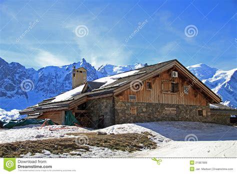 beautiful mountain houses pin mountain house beautiful nature hd wallpapers