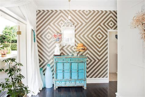 Accent Walls Living Room 25 awesome rooms that inspire you to try out geometric