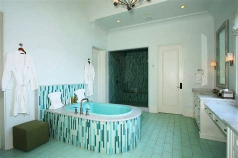 best color to paint a small bathroom colours to paint small bathroom small room decorating