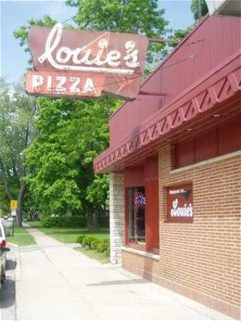 Image result for louie's restaurant 1009 North Ave, Waukegan, IL 60085