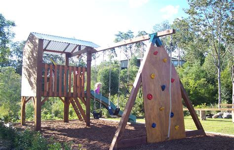 cubby house and swing set choosing a swing set for your family blog my cubby