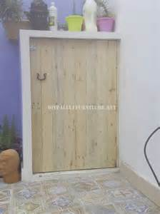 porte pour cacher la machine 224 laver faite avec palettes
