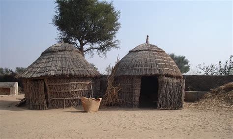Tradisionele Xhosa Hutte by File House In The Thar Jpg Wikimedia Commons