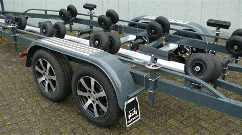 boottrailers deurne freewheel 2514 ultra light boottrailer