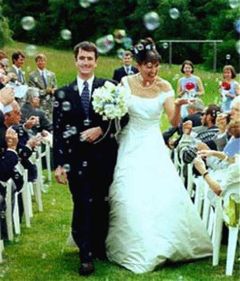 Wedding Bubbles by Wedding Bubbles Wedding Supplies