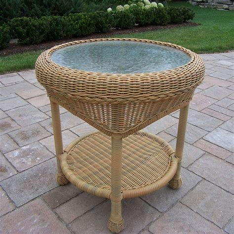 Wicker Table L Shop Oakland Living Resin Wicker 21 5 In W X 21 5 In L Wicker End Table At Lowes