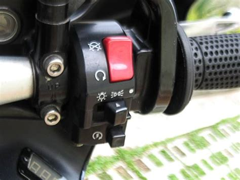 Asli Murah Motorcycle Handlebar Switch On handlebar switches