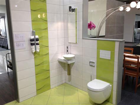 badezimmer fliesen ideen beige badezimmerfliesen f 252 r kleine b 228 der badezimmer