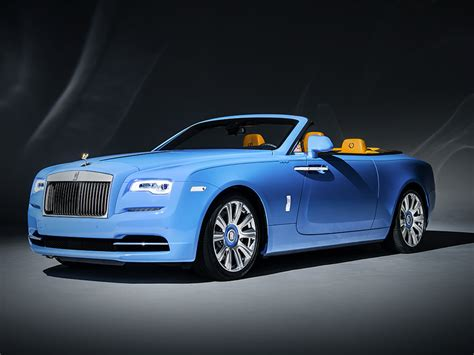 rolls roll royce rolls royce dawn cabriolet comes in beautiful bespoke blue