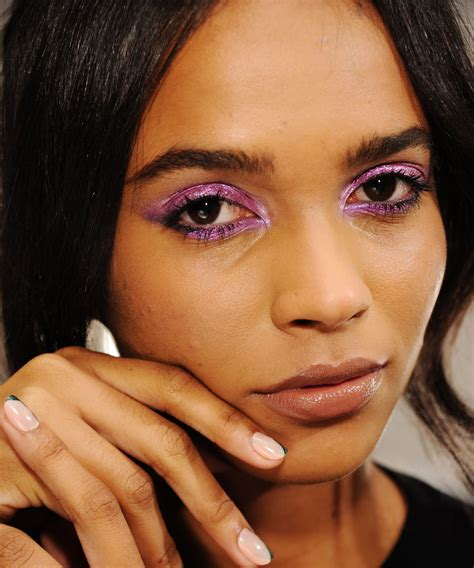 new beauty trends fashionable makeup looks refinery29 new hair makeup trends pat mcgrath red lips nyfw