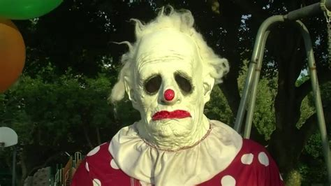 the clown creepy clowns that will give you nightmares joyenergizer