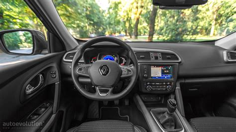 renault kadjar automatic interior 2015 renault kadjar review autoevolution
