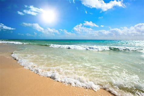 summer showdown beach vs mountains getaway aspen co