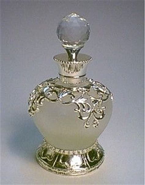 perfume bottle with holly 25 best ideas about antique perfume bottles on perfume bottle vintage perfume