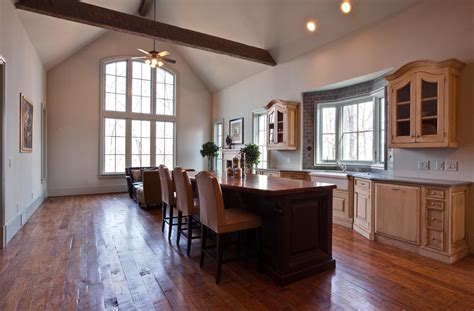 Kitchens With Cathedral Ceilings Pictures by Kitchen Cathedral Dining Area Kitchen Cathedral Ceiling