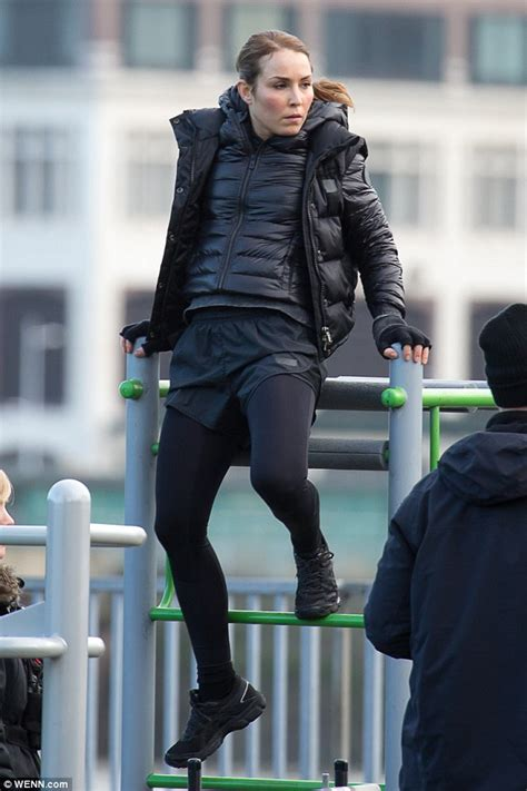 noomi rapace shows off impressive stunt woman skills on